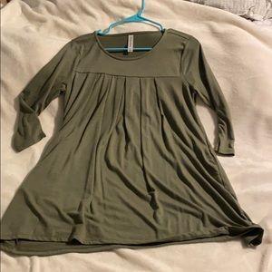 5️⃣ for 2️⃣0️⃣ Olive green tunic